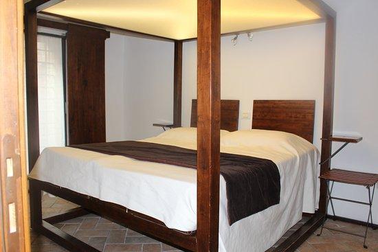 Murlo, Italie : room