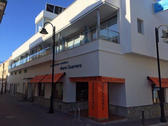 Apartamentos Turisticos Maria Guerrero