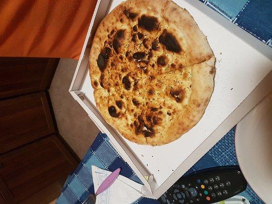 Sapore Di Pizza: Focaccia bruciata