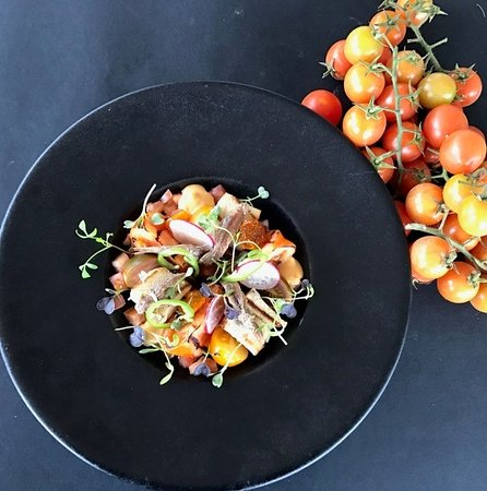 Modern : Tomatoes salad from The Broygel Market
