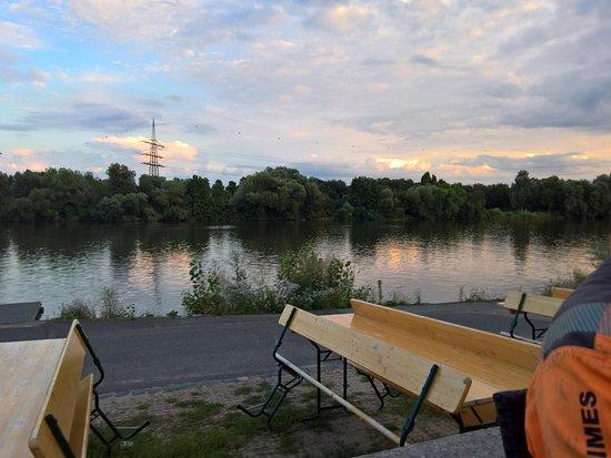 Florsheim, Alemania: Blick auf den Fluss im Außenbereich