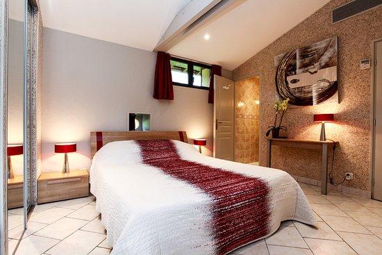 Chambres d'hotes Les Peyrouses Photo