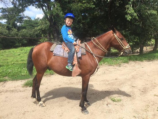 La Cruz, Costa Rica: My 6 year old son could ride on his own, a first