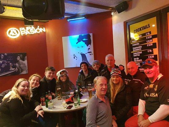 Hotel Fischer: Apres Ski with Instructors