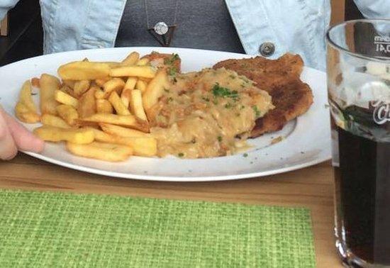 Bad Langensalza, Alemania: Schnitzel von sehr guter Qualität!