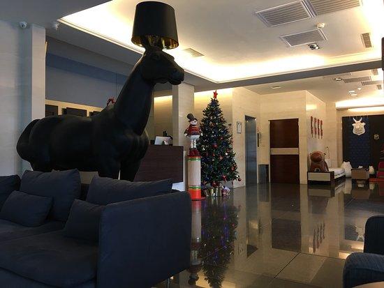 CJ Hotel: photo1.jpg