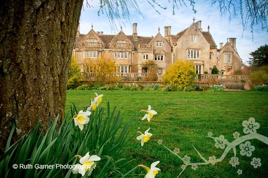 Bradford-on-Avon, UK: Woolley Grange Hotel is a Jacobean manor house set in 14 acres of gardens