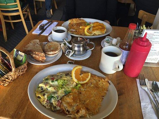 Old Monterey Cafe: photo0.jpg