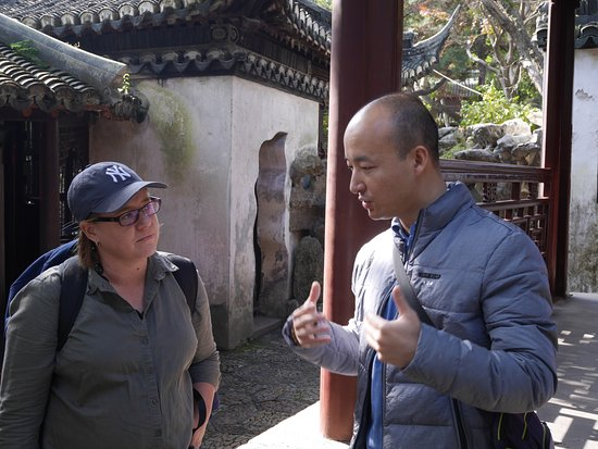 Shanghai Tour Facilitator - Harris Private Tour: Harris with one of our group of three