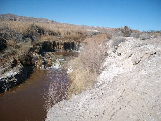 Tecopa, CA: Water fall