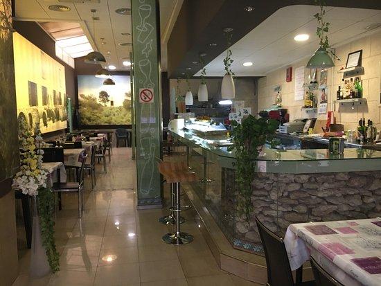 Sax, Ισπανία: Parneet Parmeet Indian Restaurant