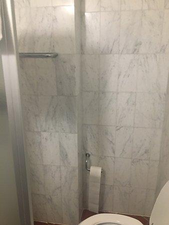Hotel Panama: Condizioni della stanza 405
