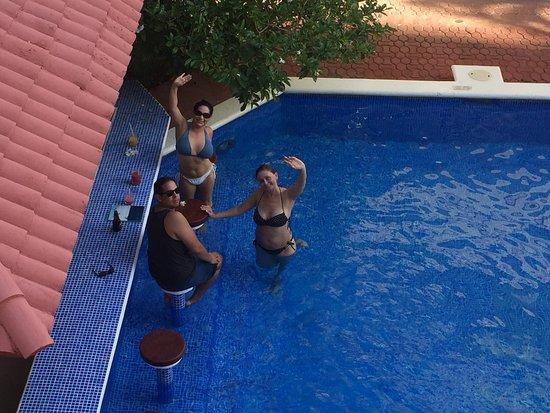 Hotel Vista Caribe balcony pool view.