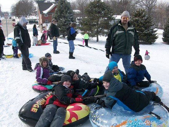 Mason City, IA: Sledding at the Big Sledding Hill in East Park