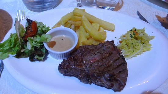Dol-de-Bretagne, Francia: Un bon steack grillé pour ceux qui ne prennet pas de poissons
