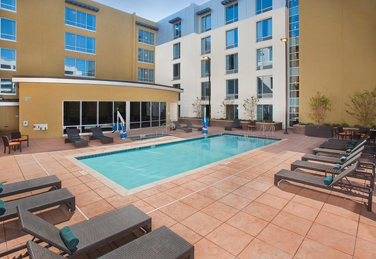 Hilton Garden Inn Burbank Downtown Updated 2018 Hotel Reviews Price Comparison Ca