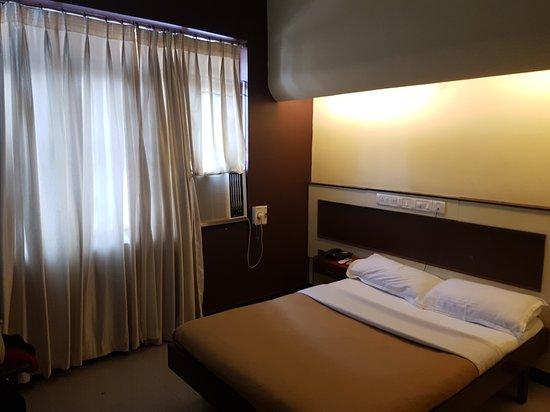 Hotel Satyaheera: 20161231_095040_large.jpg