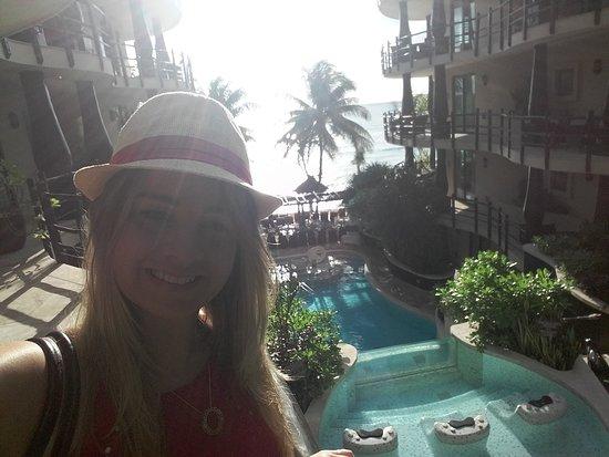 El Taj Oceanfront & Beachside Condos Hotel: 20161222_090104_large.jpg