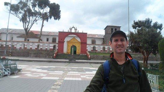Chucuito : Iglesia colonial