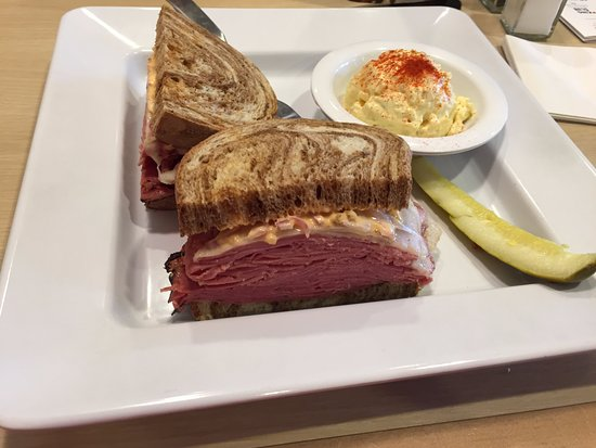 McAlister's Deli: New Yorker with thousand island and onion..delicious .potato salad side