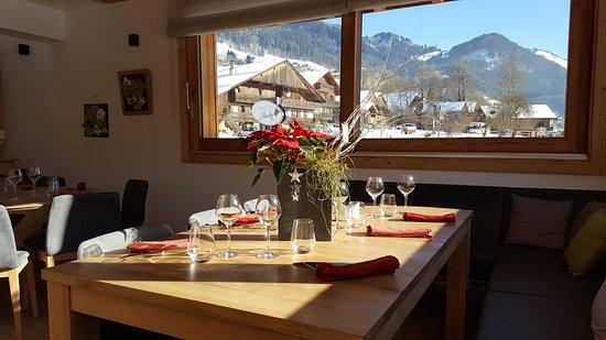 L 39 atelier de jacky la chapelle d 39 abondance restaurant avis num ro de t l phone photos - Restaurant porte de la chapelle ...