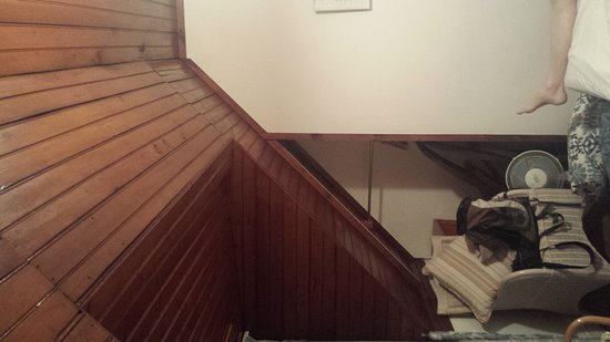 Yellowwood Lodge: 20170105_222553_large.jpg