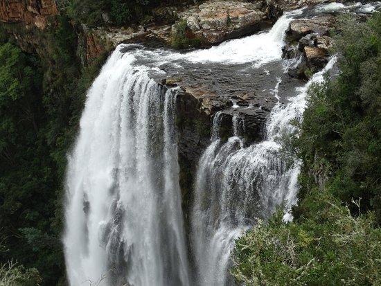 ซาบี, แอฟริกาใต้: die doppelten Wasserfälle