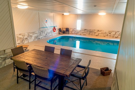Vermillion, SD: Indoor Pool