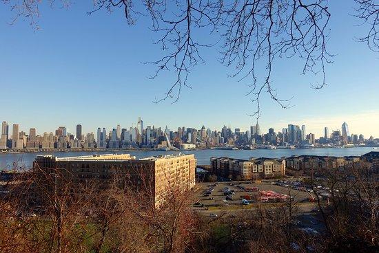 West New York, NJ: вид из парка 2