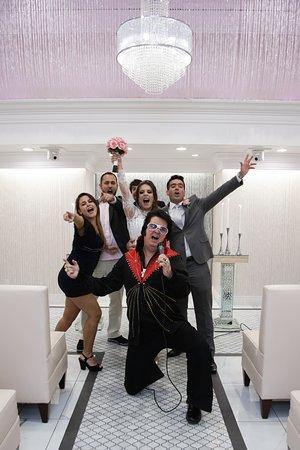 Fun Elvis Wedding Las Vegas Weddings Www Littlechapel Com