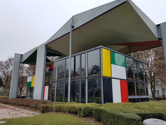Le Corbusier House