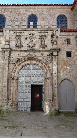 Church of Santa Clara (Igreja de Santa Clara) : Igreja por fora