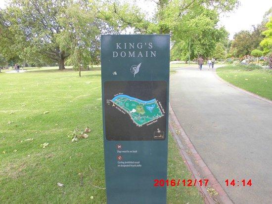 Memorial In Kings Domain Picture Of King 39 S Domain Gardens Melbourne Tripadvisor