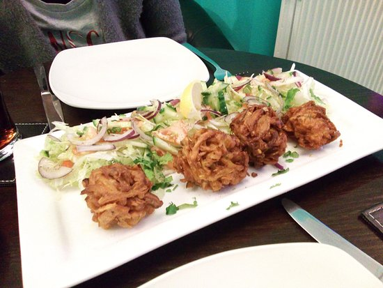 Lurgan, UK: Onion Bhaji