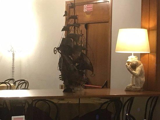 Hotel Delta Florence: arredo soprammobile