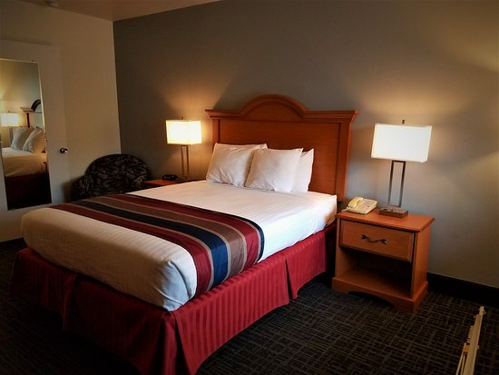 St. Michaels, Maryland: One of our renovated rooms