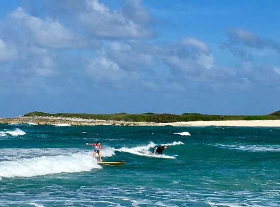 Elena Louvis Surfing At James Cistern Point Eleuthera Bahamas - Bahamas in december