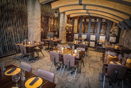 Carnevor Milwaukee Downtown Menu Prices Amp Restaurant