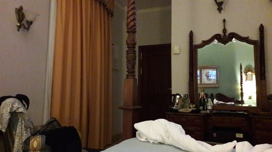 Hotel Adriano Sevilla: TA_IMG_20170106_231511_large.jpg