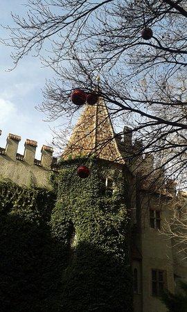 Castello Principesco: torretta esterna del castello
