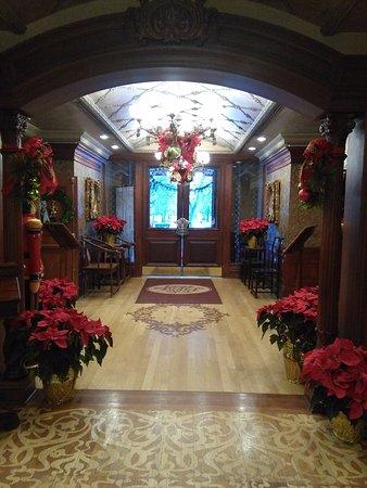 Lobby at Christmas, Prince of Wales, NOTL, ON