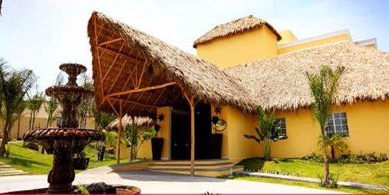 Hotel Zar Colima: FACHADA PRINCIPAL
