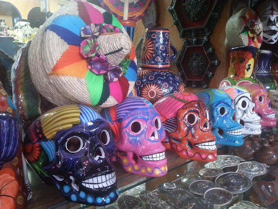 Mercado  Juarez: sculls