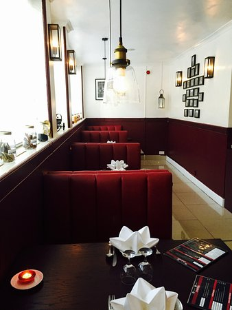 Raja Restaurant : Booths