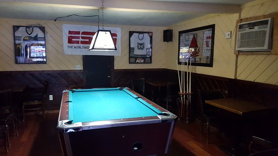 Enfield, CT: Pool Table