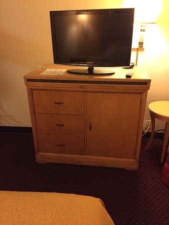 Days Inn New Stanton PA : photo4.jpg