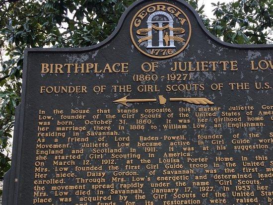 Juliette Gordon Low's Birthplace : Plaque
