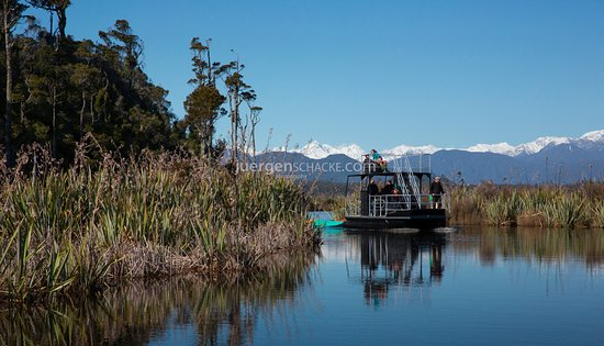 Hokitika, New Zealand: First and Last Light Cruises