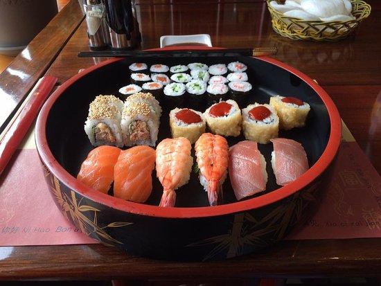 Mersch, لكسمبورج: Plateau de Sushi