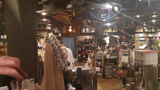 cracker barrel old country store brooksville fl 34602